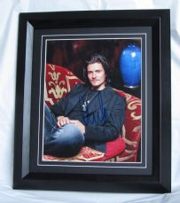 A466OB ORLANDO BLOOM SIGNED